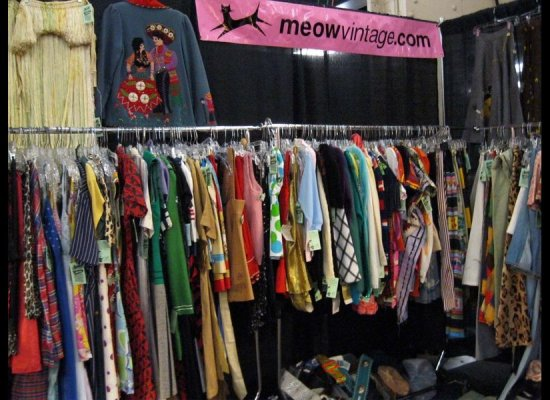 How to Open A Vintage Clothing Store - Volumes | Factory Vintage