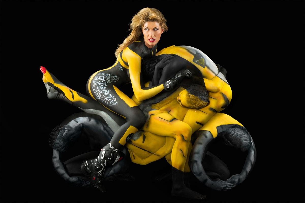 La moto d'art au féminin plurielle Slide_259024_1680330_free