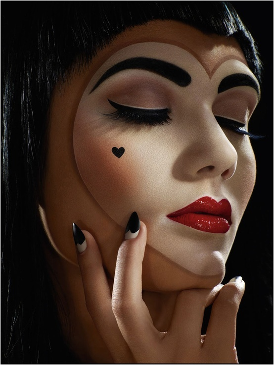 Cute Mime Makeup Last-Minute Hal...
