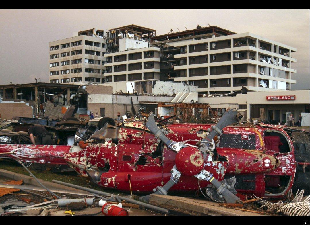 Joplin tornado ! - PentaxForums.com