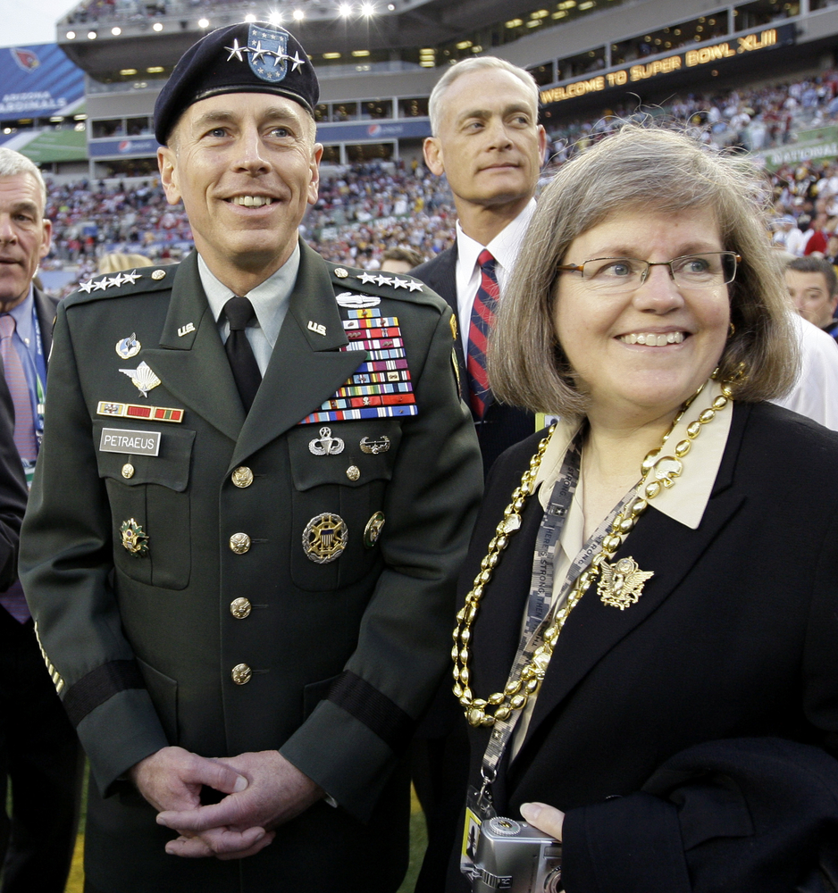 Paula Broadwell Sorry For David Petraeus Scandal Video