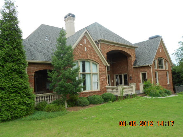 Pictures of toni braxton house