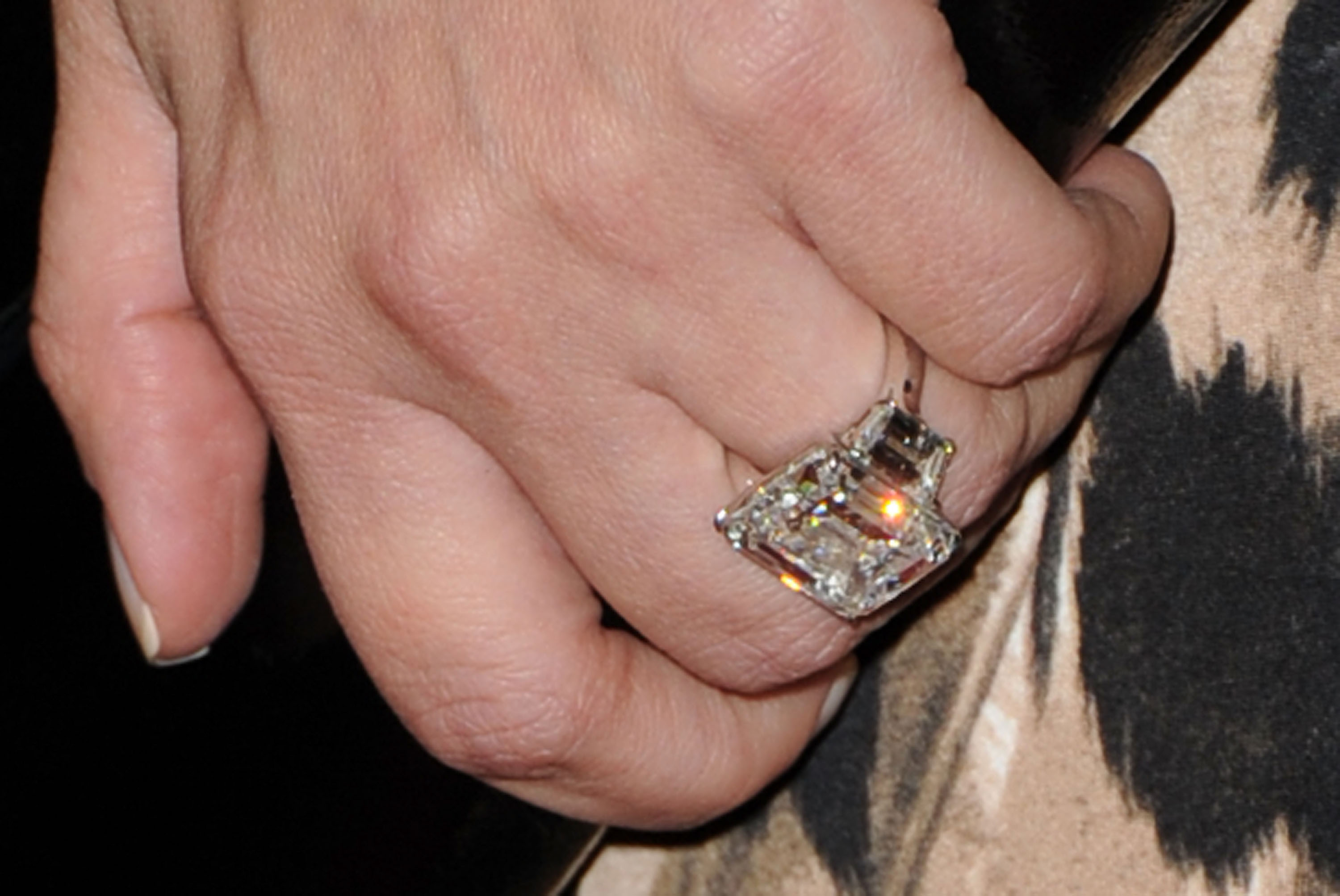 Avril Lavigne Engagement Ring Deryck Whibley