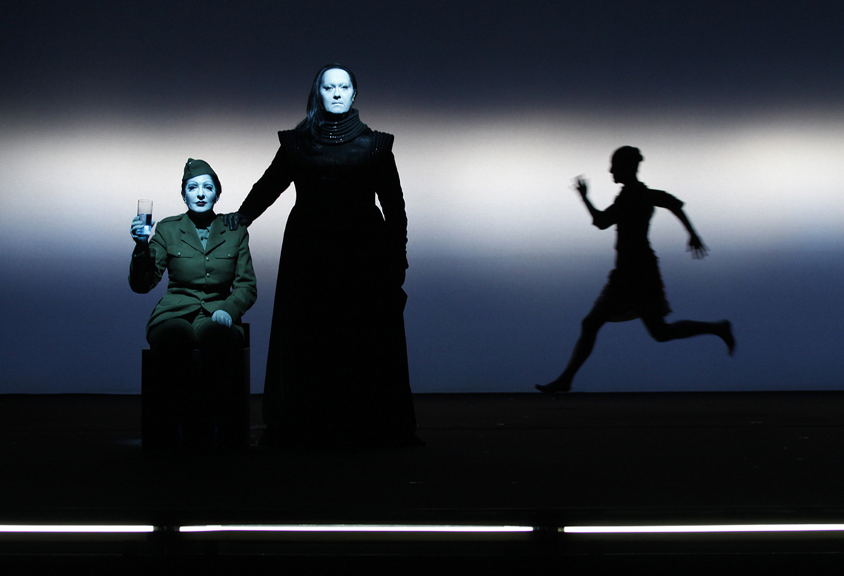 Marina abramovic reddit ama 7 things we learned about the for Marina performance