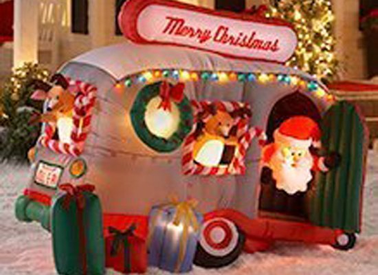 Worst inflatable christmas decorations photos huffpost for Bad christmas decoration