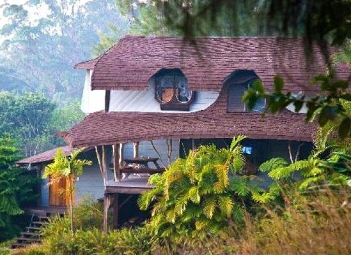 Hobbit Homes hobbit homes you can rent (photos) | huffpost