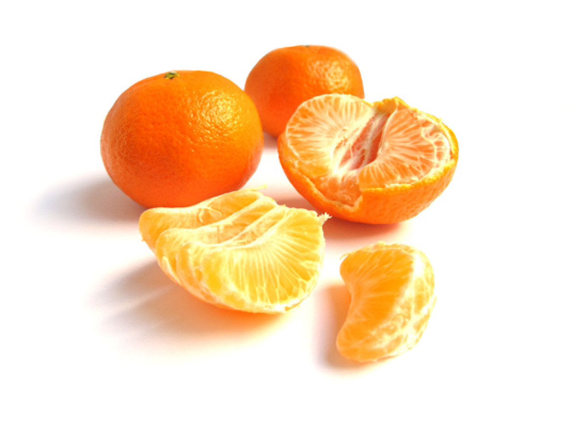 What are some different types of oranges?
