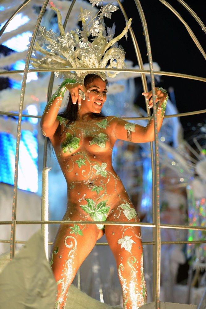 Fotos de mujeres en los carnavales de brasil 35