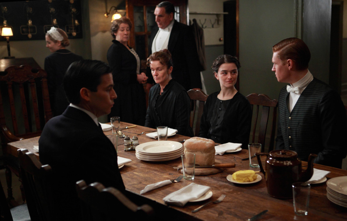 when does downton abbey start on pbs