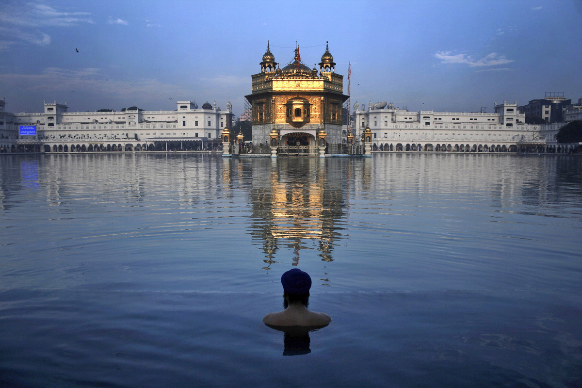 Sikhism 101: Facts, History, Beliefs, Gurus, Traditions ...