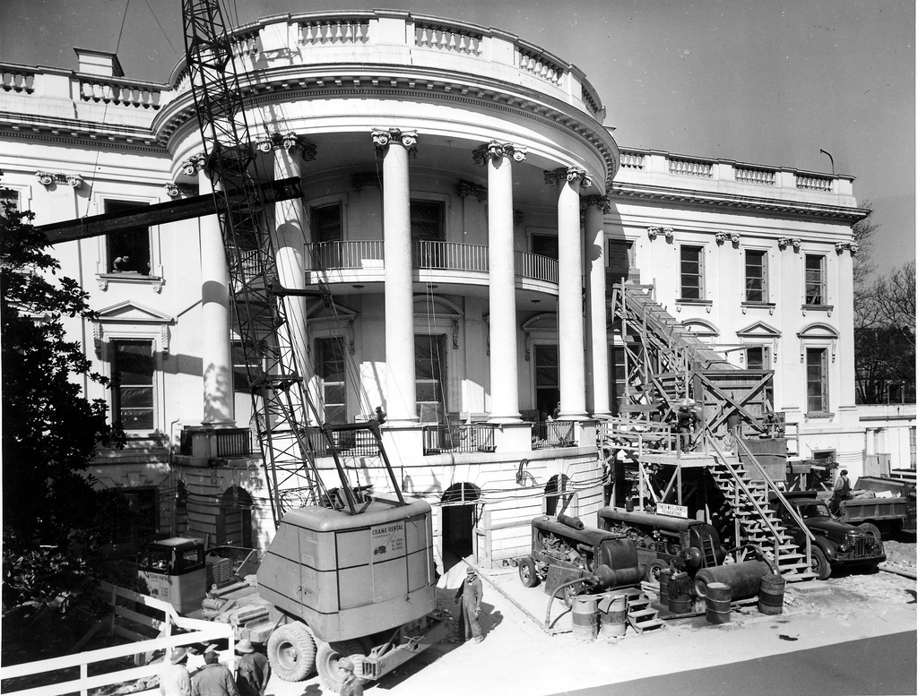 rare look inside president truman 39 s white house reconstruction photos huffpost. Black Bedroom Furniture Sets. Home Design Ideas