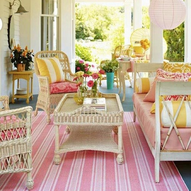 Front Porch Ideas Small Furniture: Pretty Porch Ideas That Have Us Daydreaming Of Relaxation