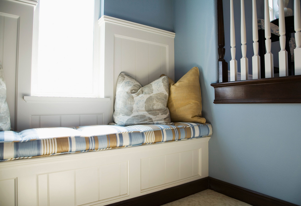 8 ways to create a reading nook for cuddling up with a book for Nook home