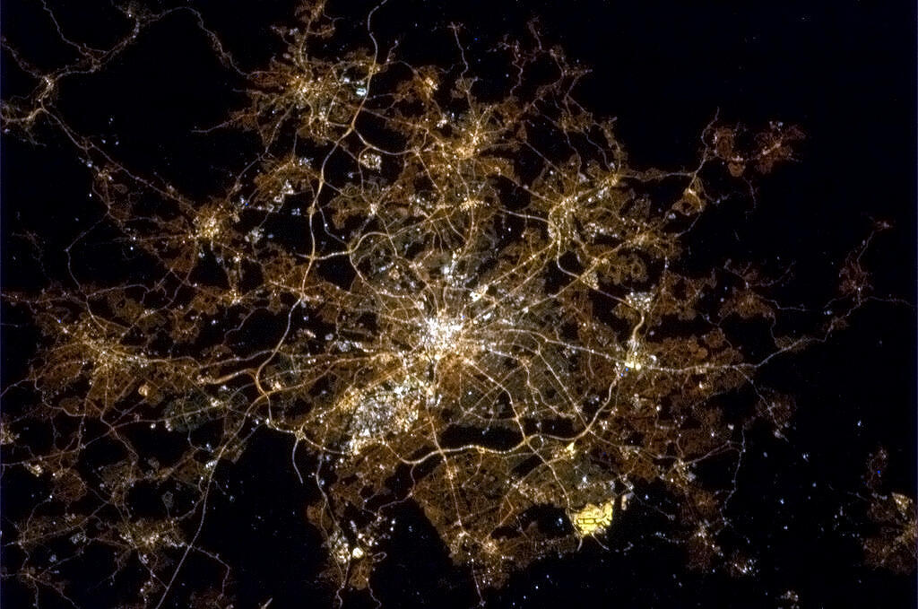 Astronaut Chris Hadfield Posts Pictures Of UK From Space ...