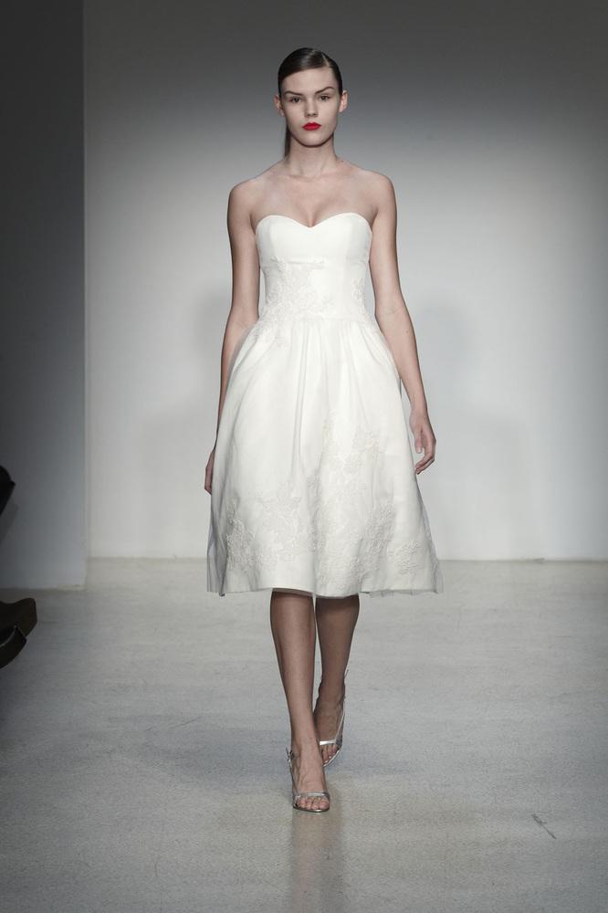 Short wedding dresses for spring brides photos huffpost for Short spring wedding dresses