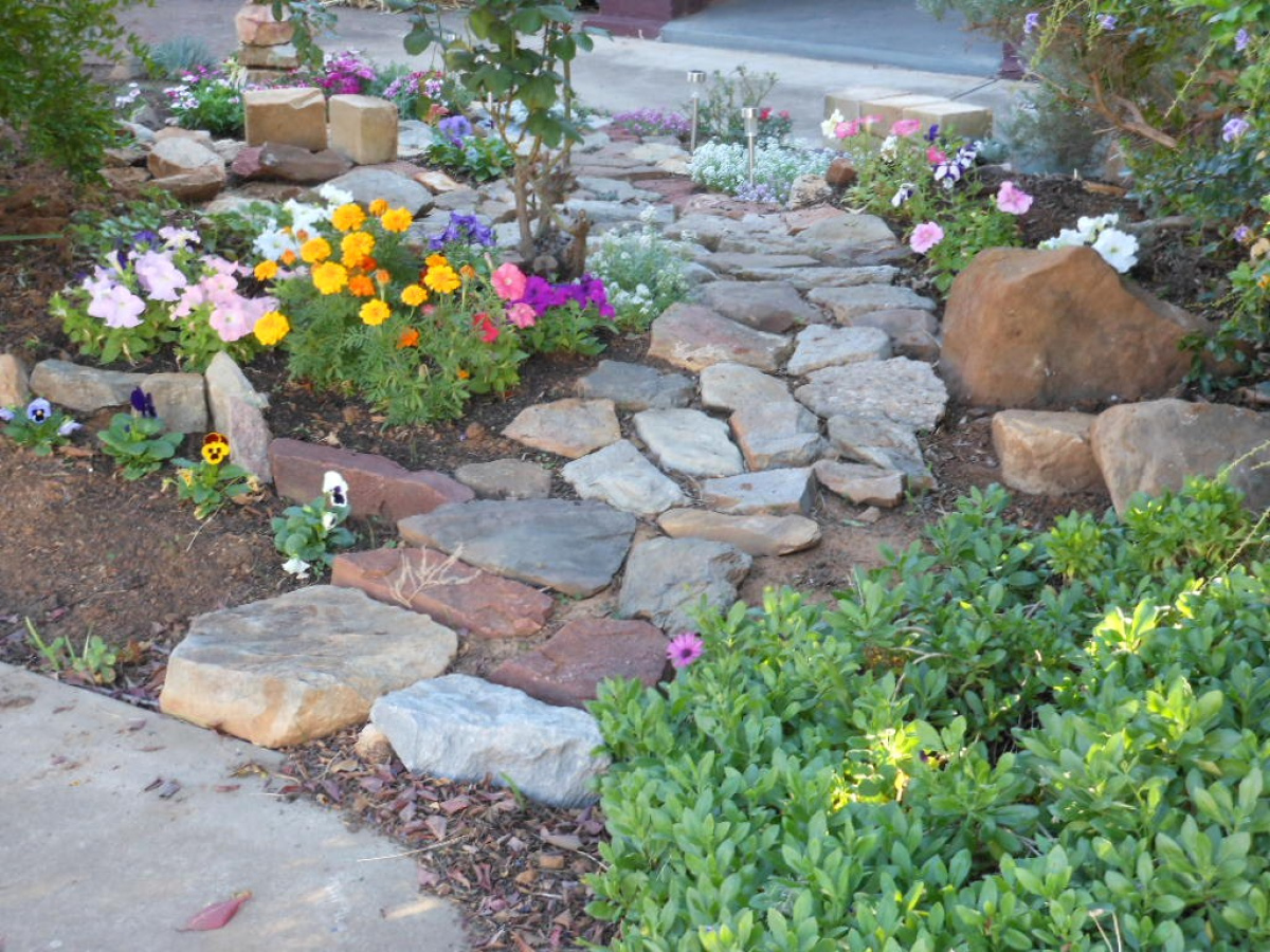 9 weekend diy ideas that will inspire your inner for Rock stepping stones landscaping