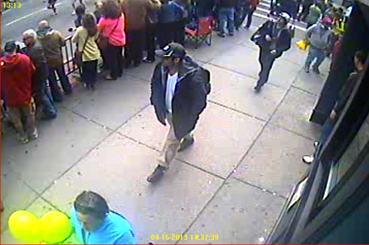 Boston Marathon Bombing: FBI release the photos of 2 suspects (LOOK)