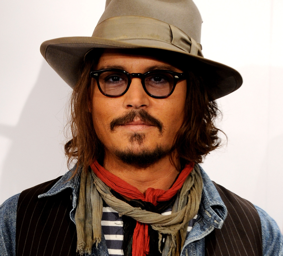 Johnny Depp: Makeup For Men That Will Make You Do A Double-Take (PHOTOS