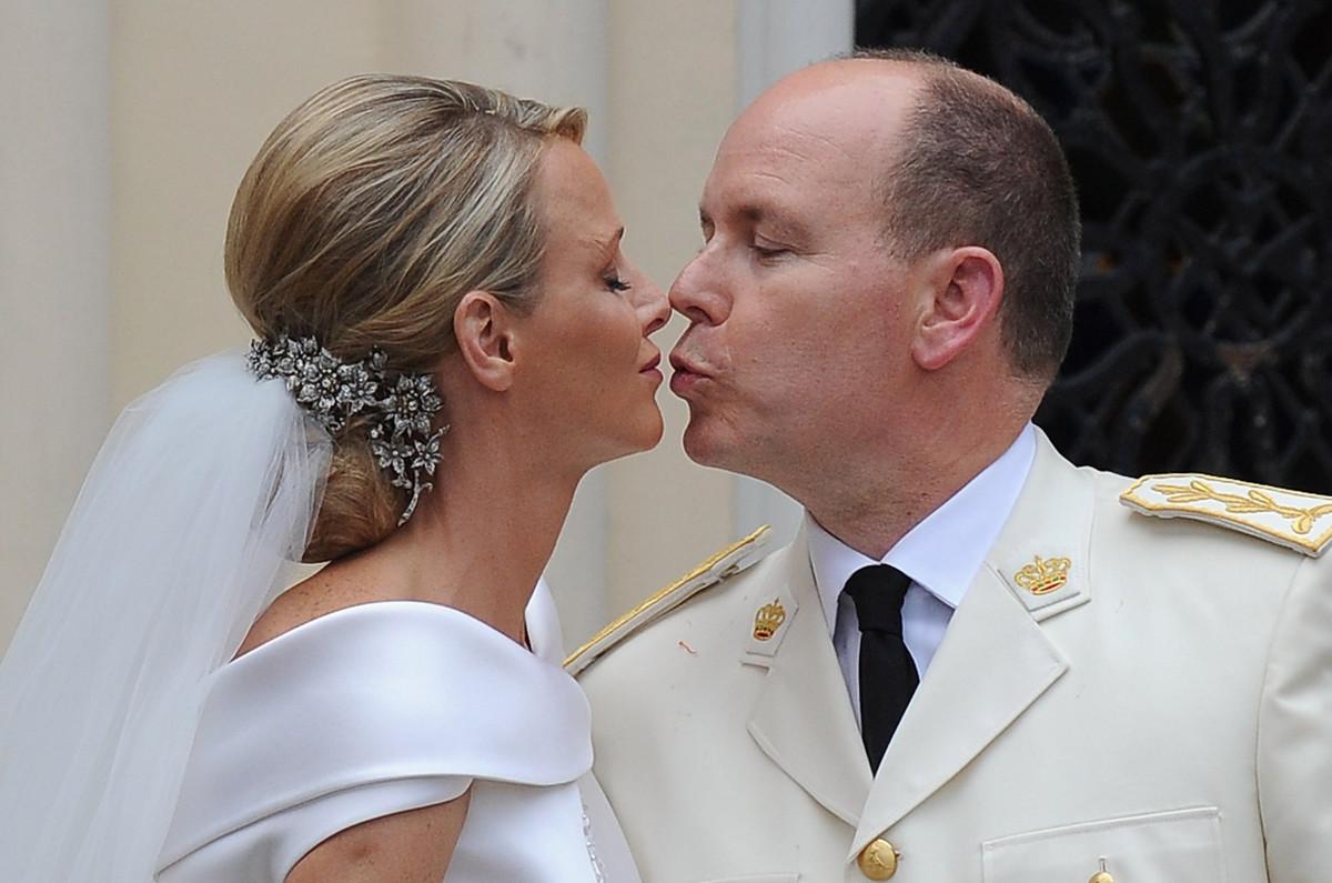 Kiss The Oath