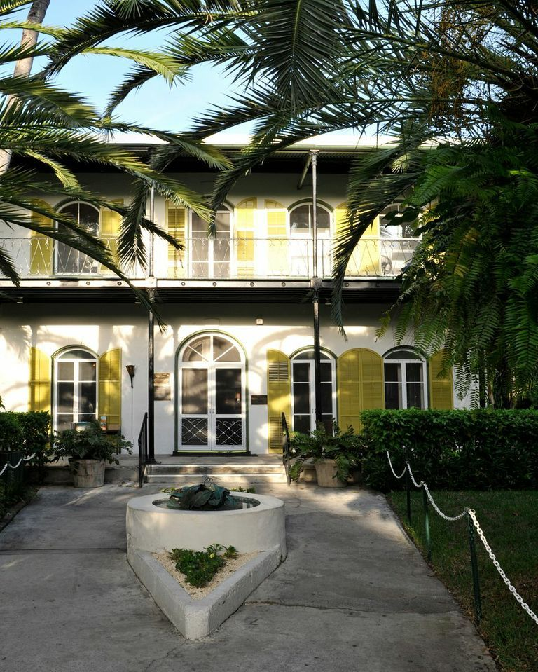Ernest Hemingway 39 S House In Key West Has Charm Cats And A