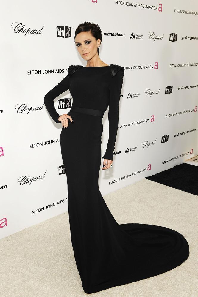 Фото черных платьев знаменитостей
