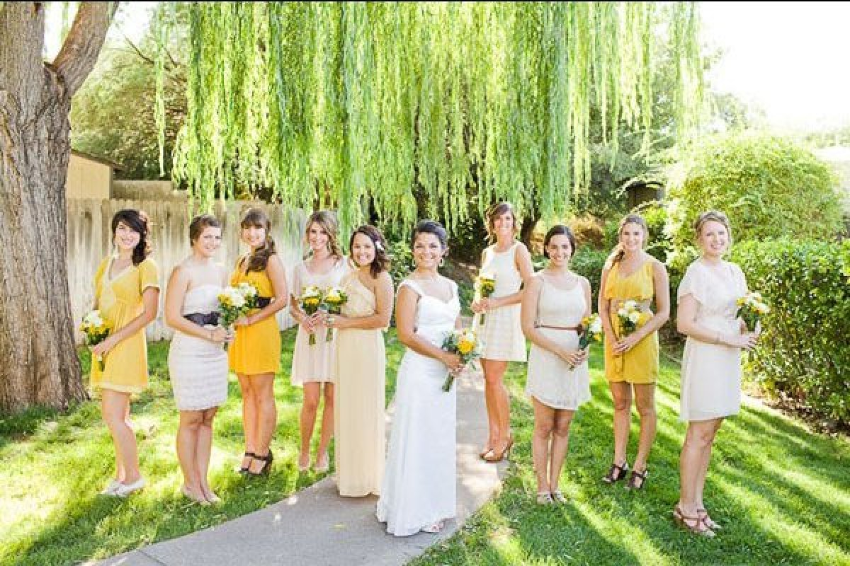 75 ideas for summer weddings huffpost for Summer dresses for weddings