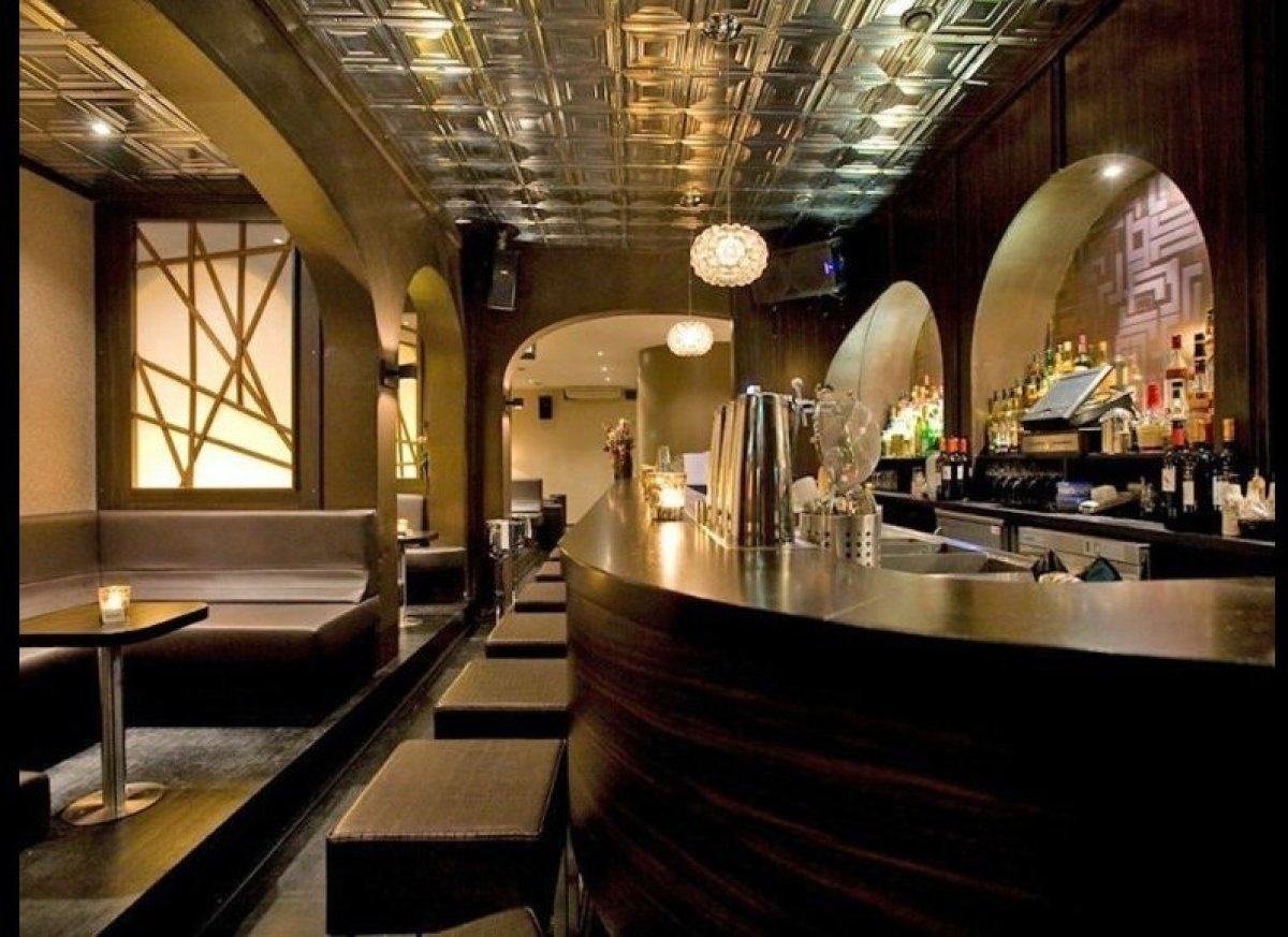 Speakeasies around the world where to drink like jay for Door 74 amsterdam