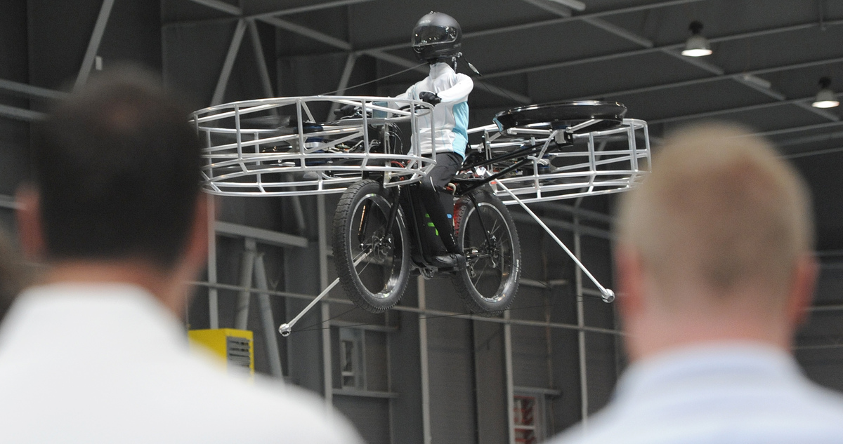 Images Brit Colin Furze Builds Jet-Powered Bicycle (VIDEO) | HuffPost UK 1 colin furze