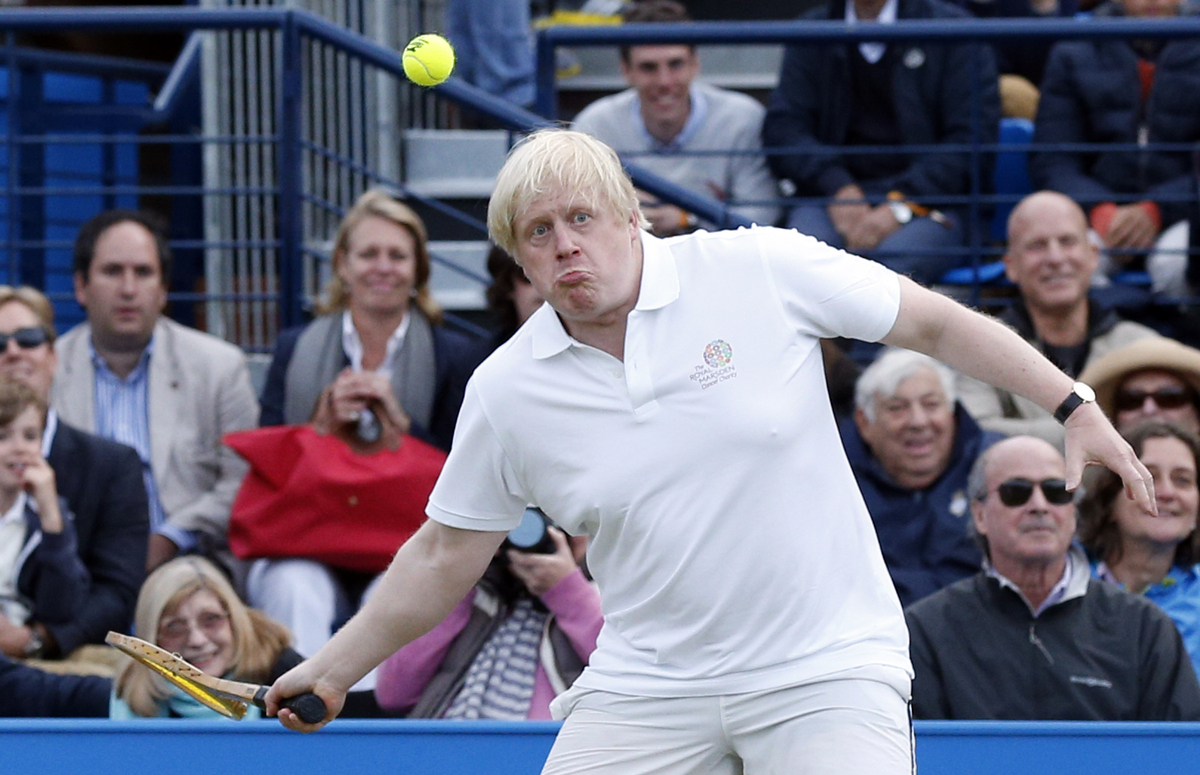 Queens Club Tennis >> Boris Johnson Playing Tennis Is The Most Ridiculous Thing ...