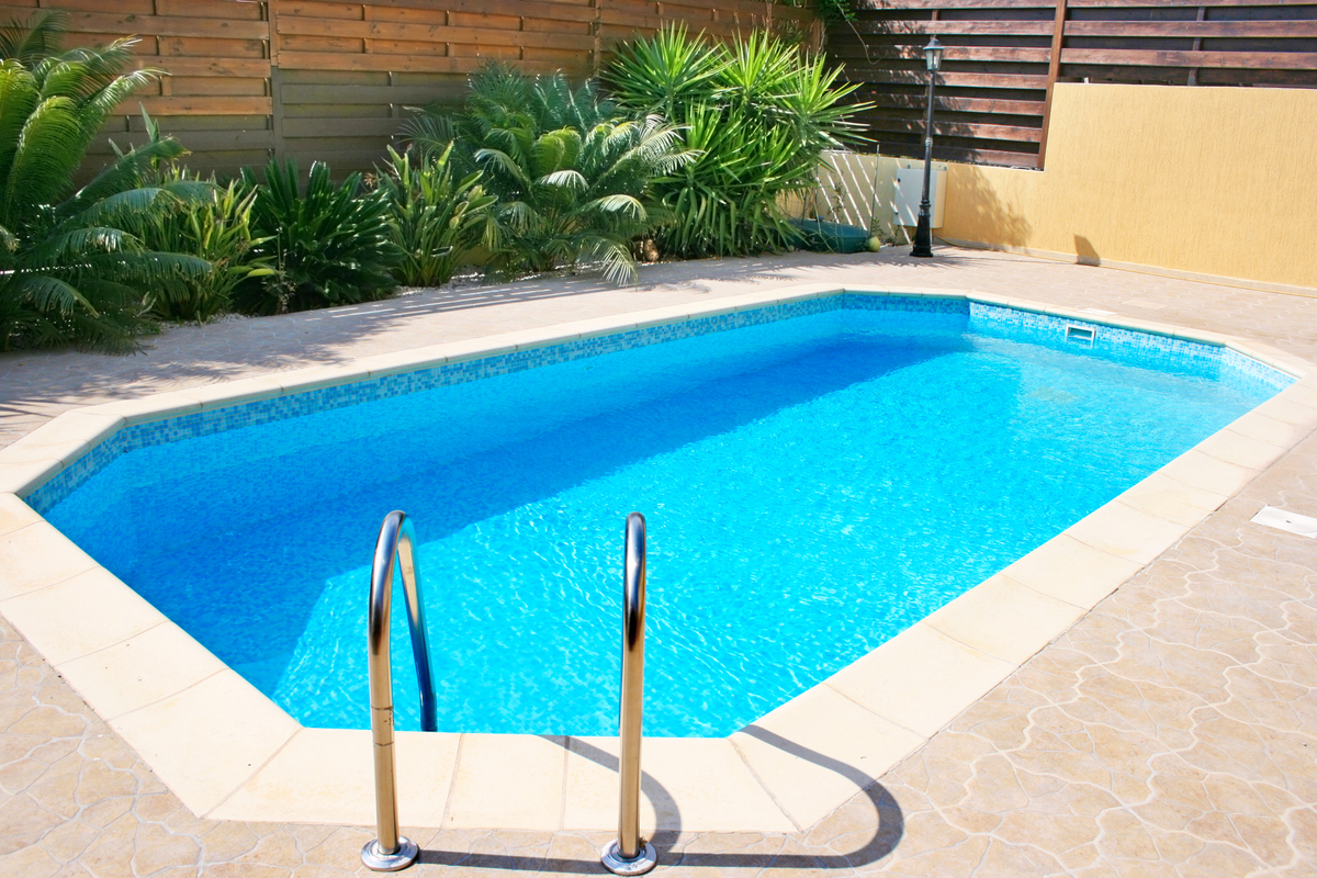 Weekend diy ideas 7 ways to prepare your swimming pool for Pool area designs