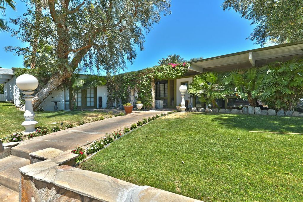 Rock Hudson S California House Still Has Some Of Its