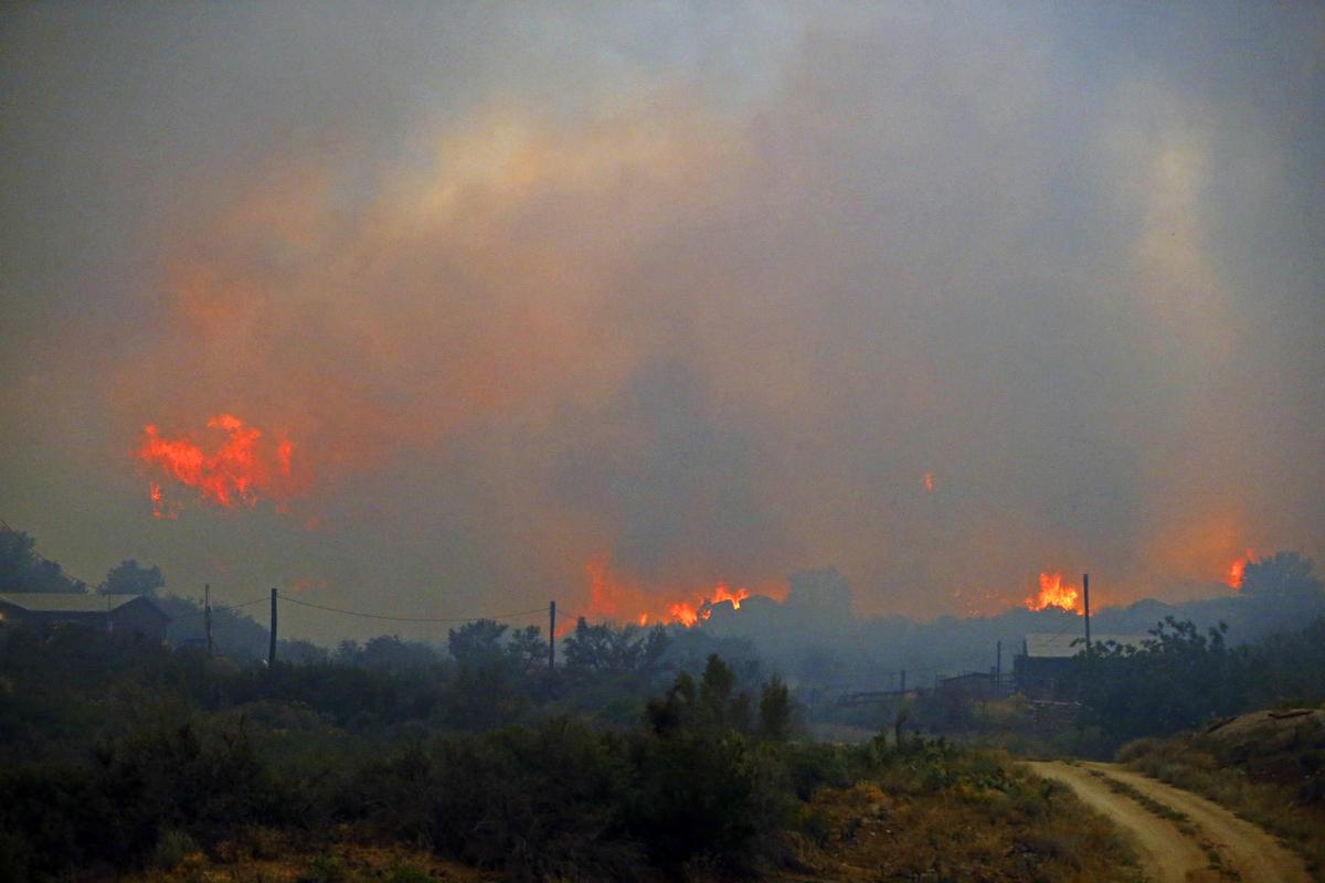 "In Loving Memory Of The 19 Members Of Arizona's Elite ""HotShot"" Firefighters Crew ~ Dedicated to Raine. Slide_306052_2640534_free"