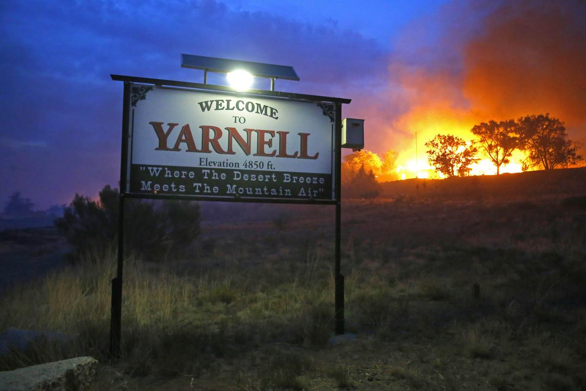 Arizona yavapai county yarnell - Yarnell Hill Fire Families Sue Arizona Over 2013 Wildfire That Killed 19 Firefighters Huffpost