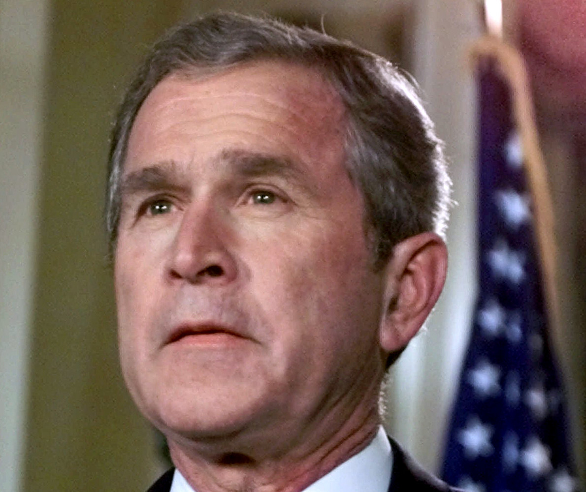 George W. Bush Once Got Yelled At By Dying Soldier's ... George Bush