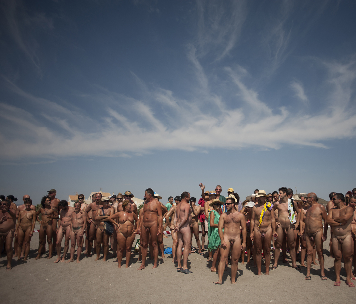 Completely naked people