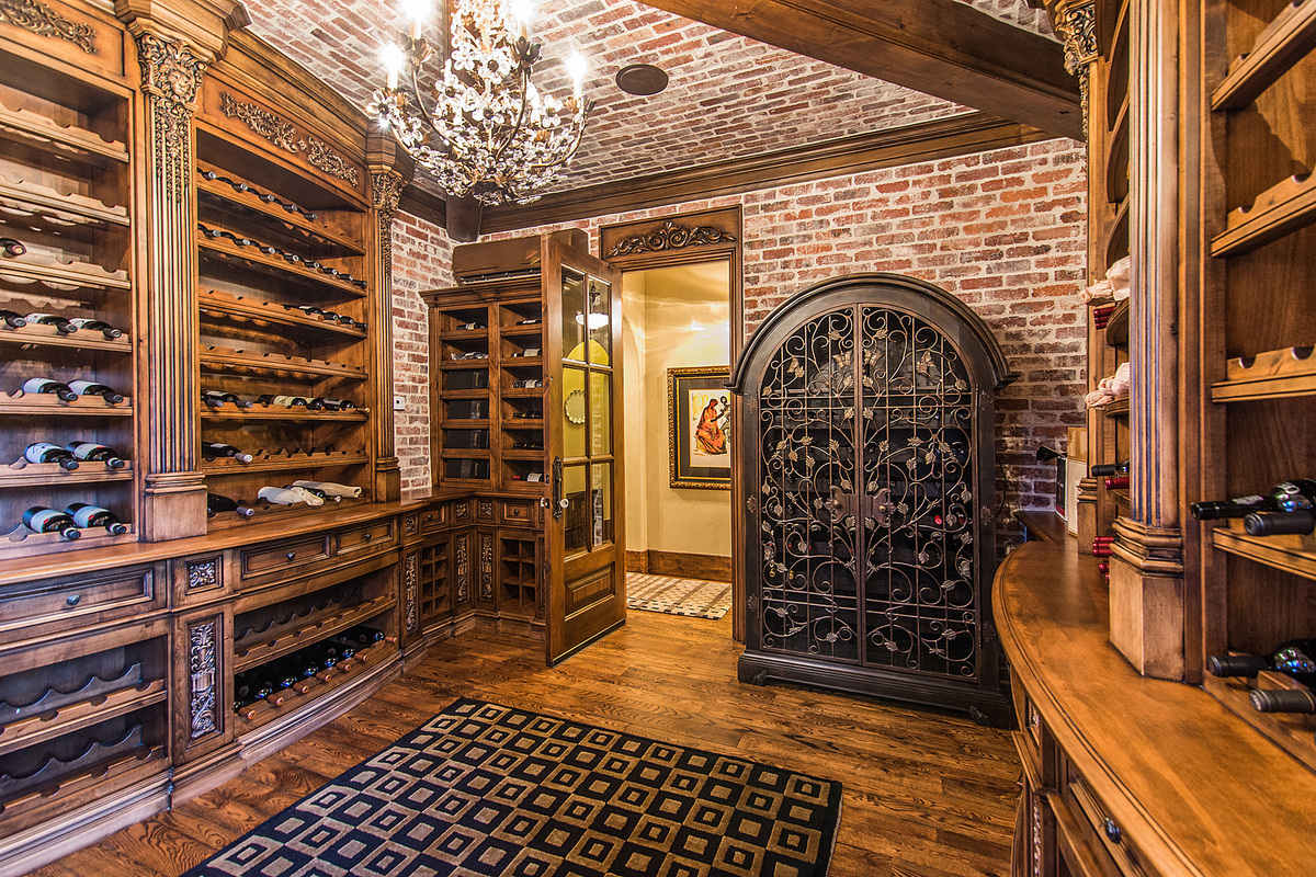 Breathtaking denver colorado home has a wine cellar for Home wine cellar designs