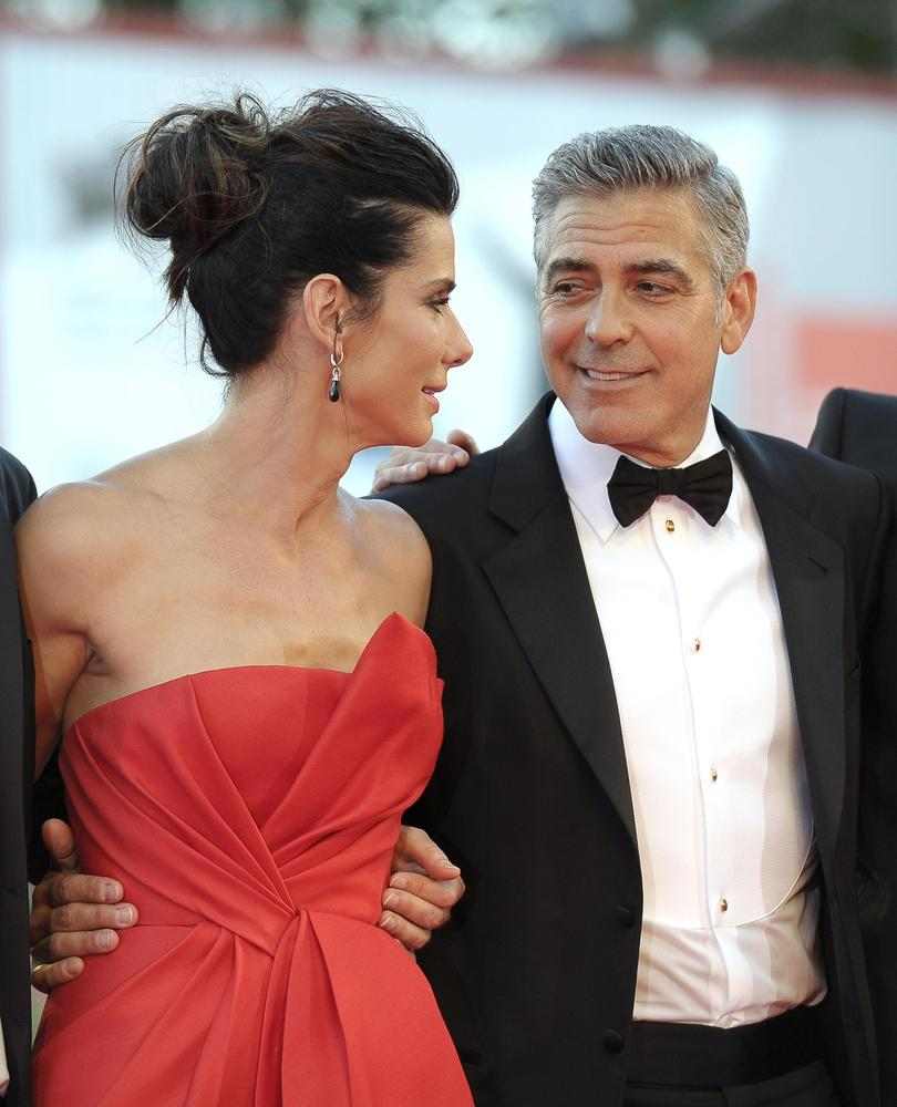 George Clooney and Sandra Bullock at the evening premiere of Gravity at Venice Film Festival - Page 2 Slide_314816_2852831_free