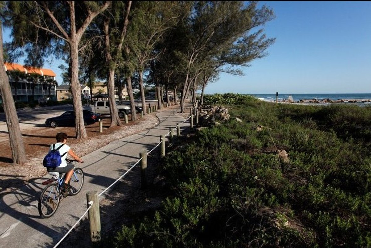 8 great florida beach towns for bicycling photos huffpost for Top beach towns in florida