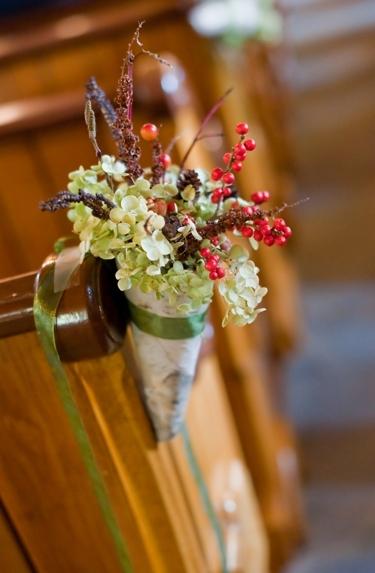 Easy Aisle Bouquets