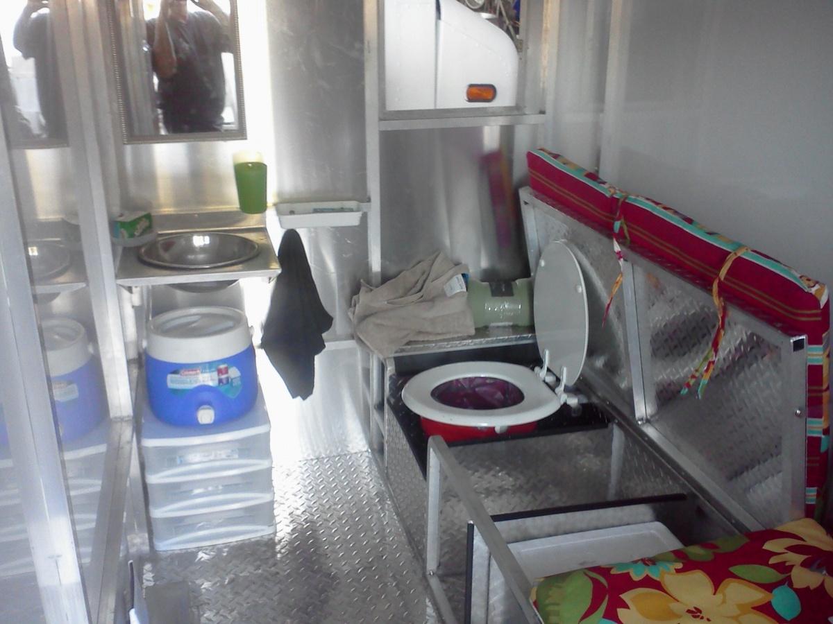 Saudi Mobile Trucks Shelters : Food truck builder designs mobile homeless shelter photos
