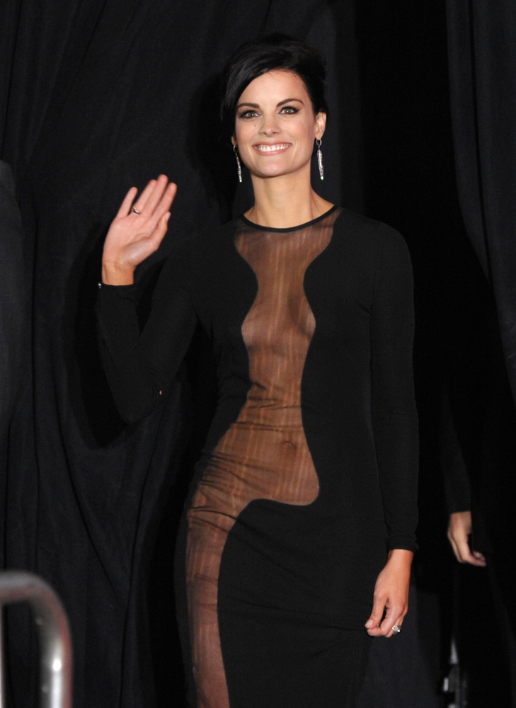 Jaimie Alexander wears no knickers on red carpet: The