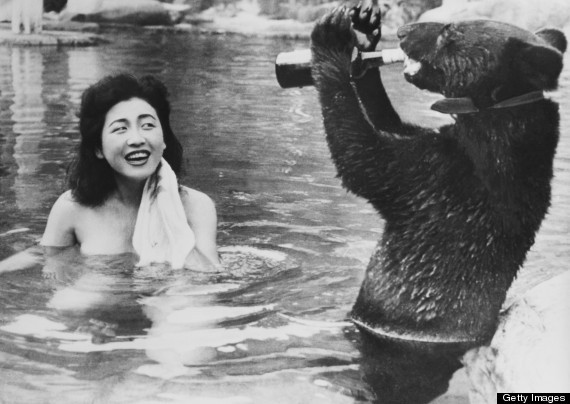 9 Vintage Photos That Prove Bears Are Awesome Forever