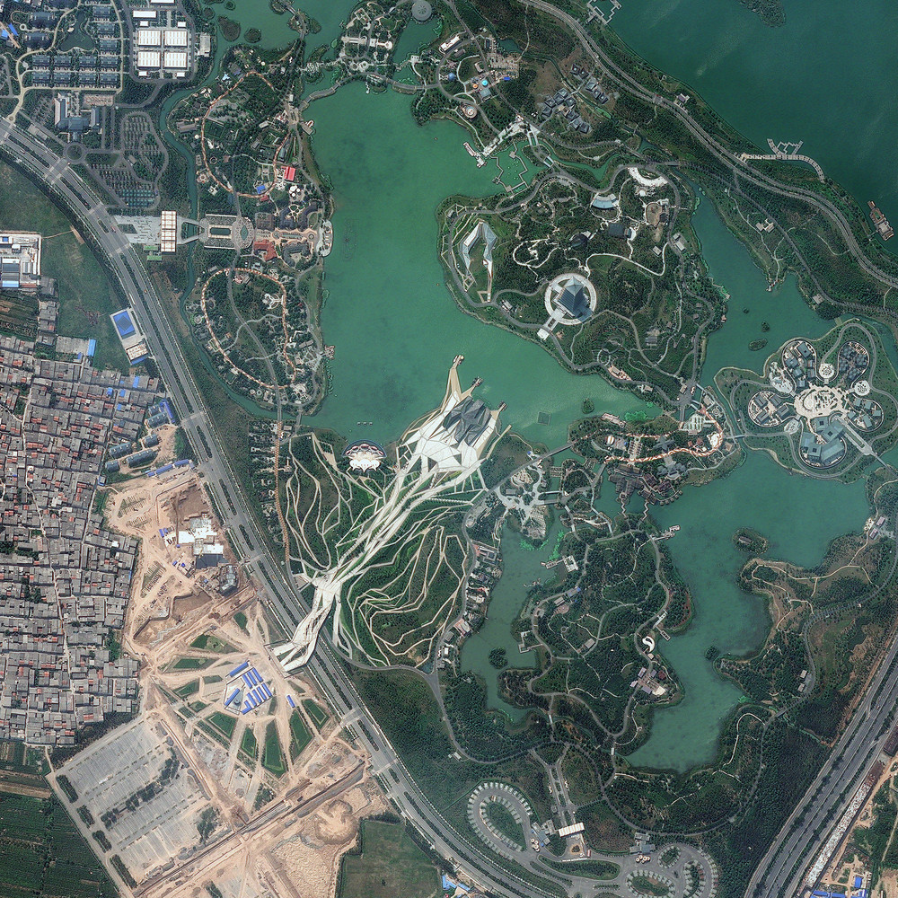 how to see live satellite images