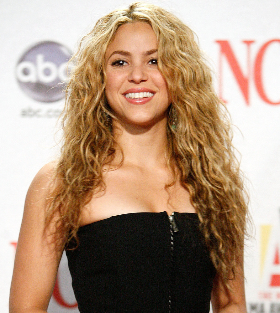 Shakira's Style Evolution Is Astounding (PHOTOS) | HuffPost Shakira