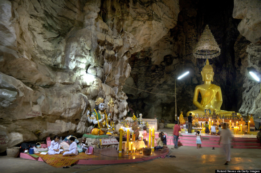 DECODINGHINDUISM.COM: Buddhist Cave Temples Are Jaw ...