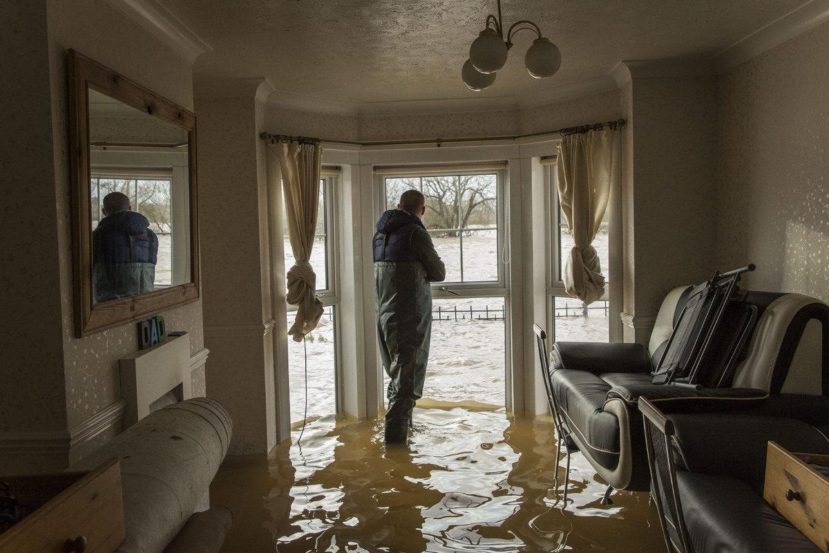 UK Weather: Residents Battle To Save Their Possessions In ...