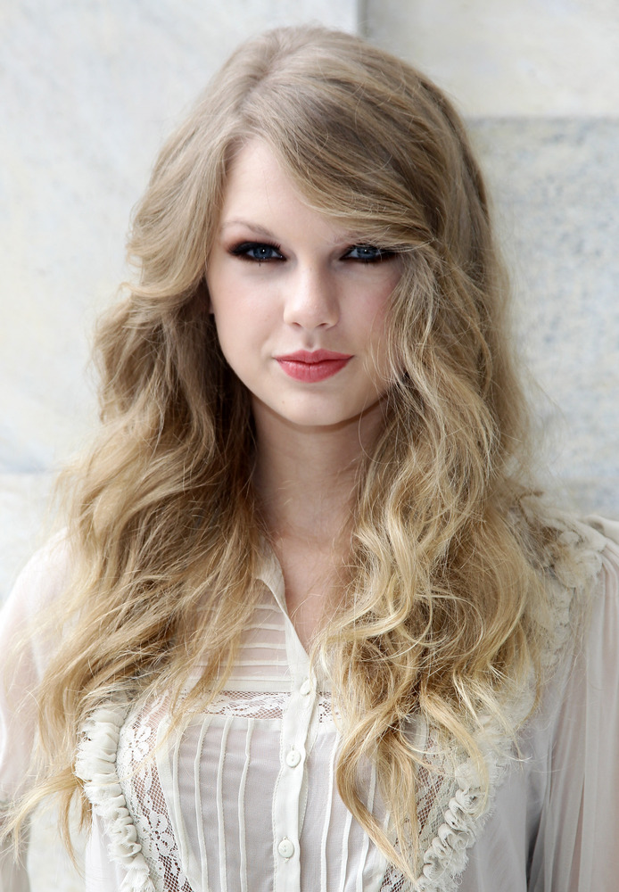 Taylor Swift Hair | taylor swift s hair has really transformed over the years