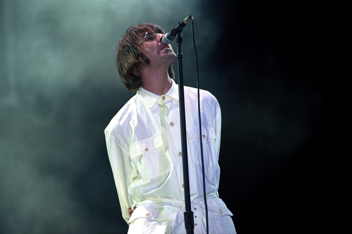 Liam Gallagher pleads with Noel to get Oasis back together