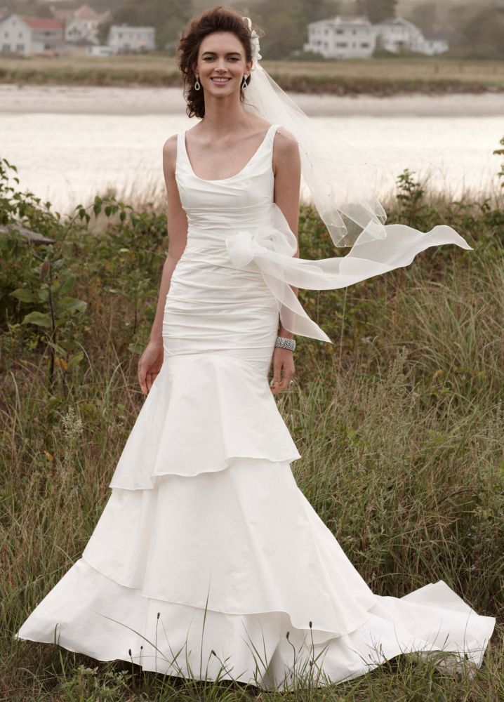 10 gorgeous gowns for under 500 huffpost for Wedding dress david bridal