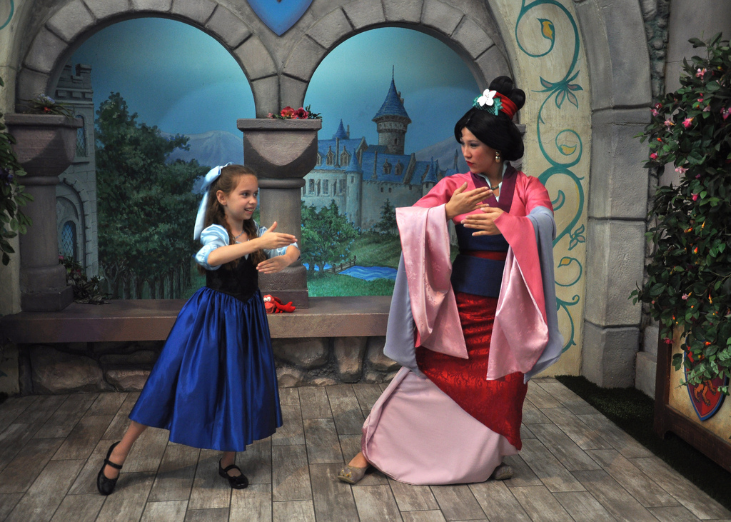 Little Girl Wows Disneyland Princesses With Her Homemade